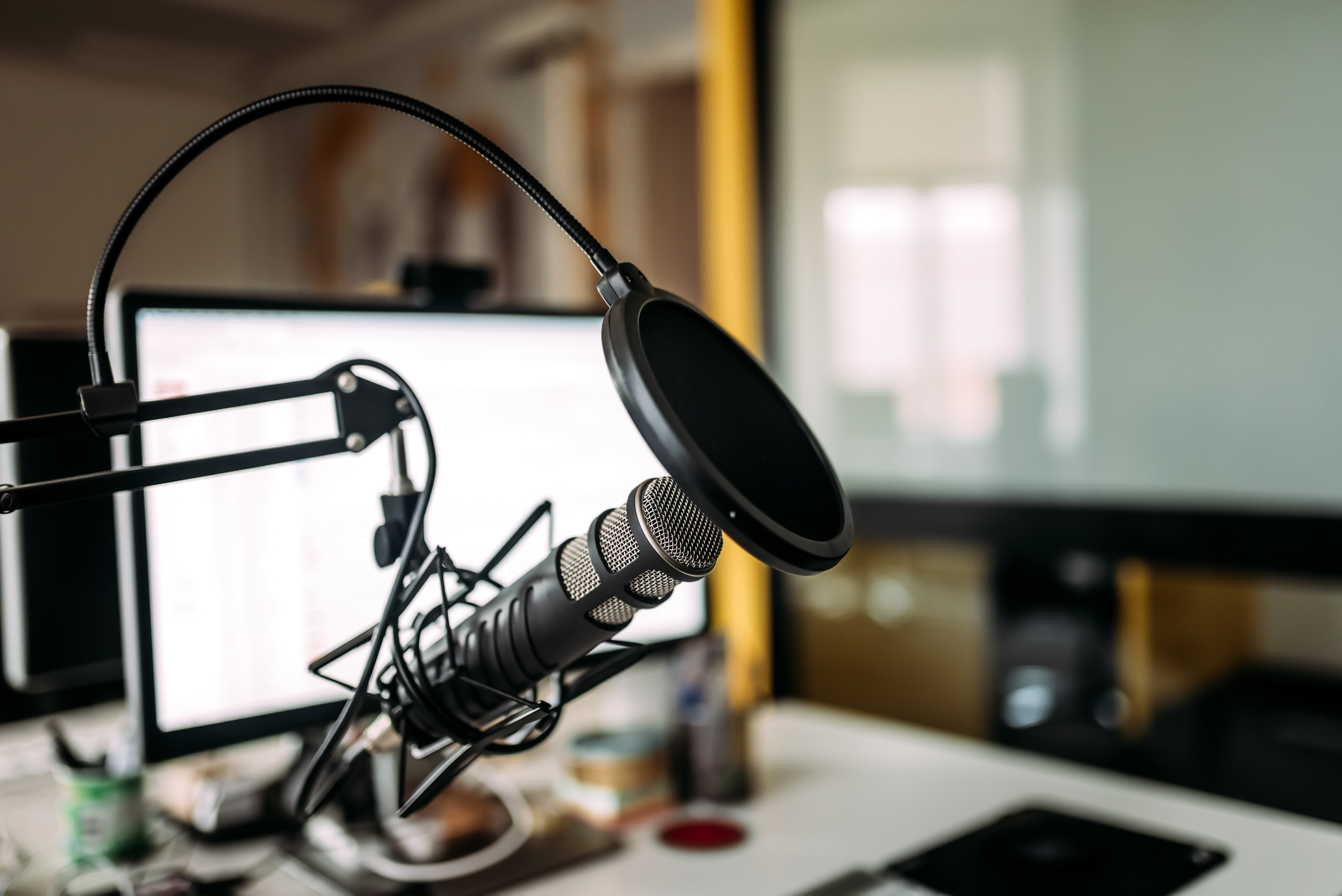 5 valuable tips for aspiring podcasters