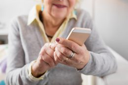 The best cell phones and smartphones for seniors